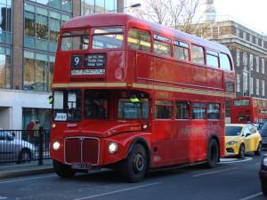 """Double Decker Bus, il """"classico"""" bus a due piani simbolo di Londra"""